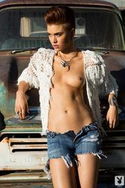 Britt Linn Sexy Playboy Babe Gets Nude Outdoors