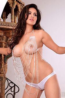 Sunny Leone Hot Brunette Beauty