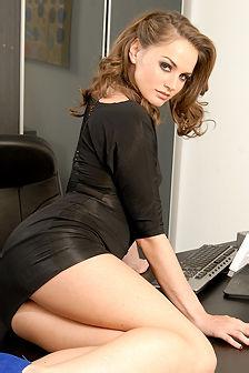 Tori Black Stripping And Spreding Her Legs