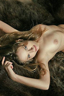 Gabby Amazing Blonde Girl Posing Naked