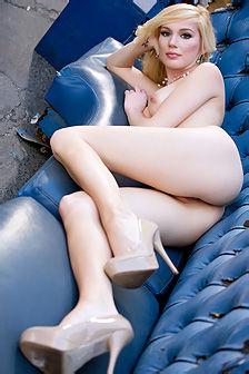 Hayden Hawkens Strips Off Her Sexy Lingerie