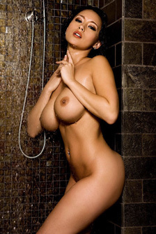 Julri In The Shower