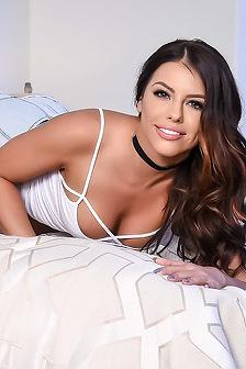 Adriana Chechik Shows Her Hairy Pussy